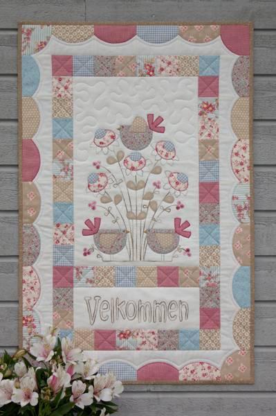Bilde av AnnAKa 137 - Blåfugl - veggteppe