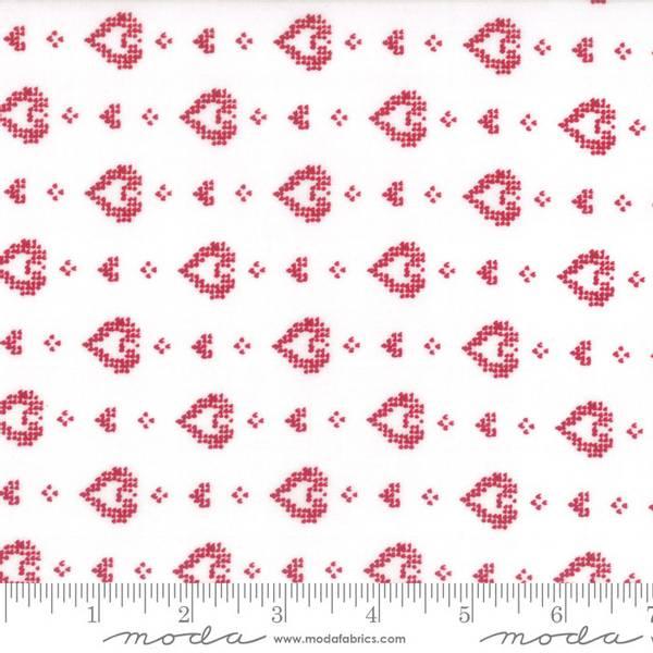 Bilde av Nordic Stitches - 15 mm røde hjerter på offwhite