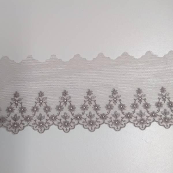 Bilde av 2,3 m Fast blonde m. brodert kant, 8 cm, mørk gammelrosa