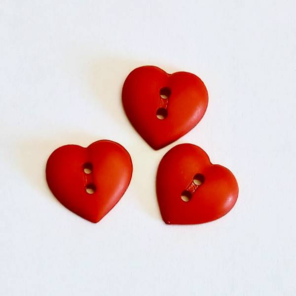 Bilde av Knapp, hjerte, rød - 15 mm