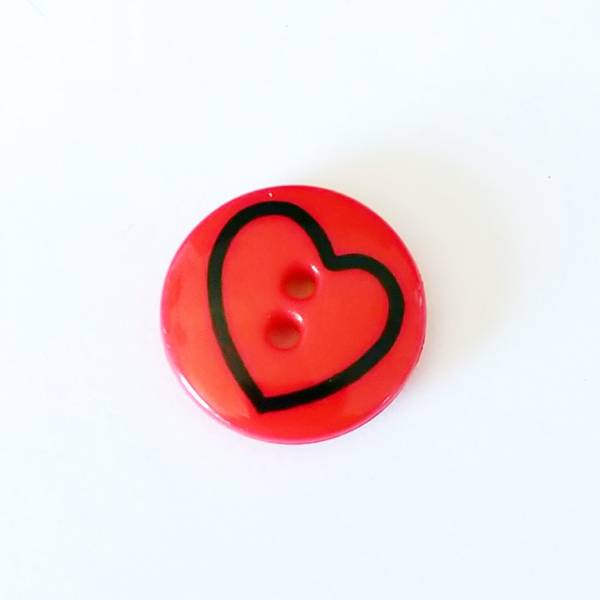 Bilde av Knapp, rund hjerte, plast - 18 mm