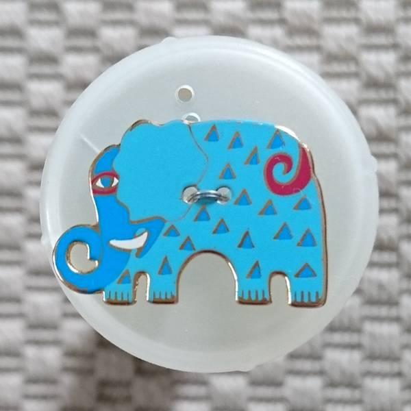 Bilde av Knapp, elefant, 20 x 30 mm, emalje, turkis med blå