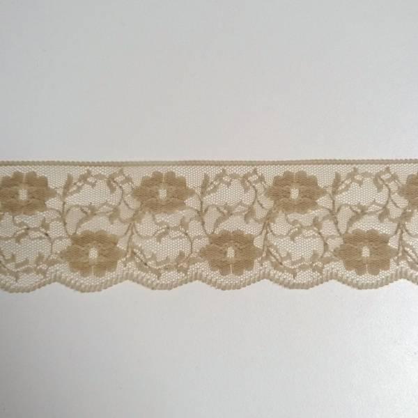 Bilde av 3 m Nylonblonde, fast, 5 cm, beige