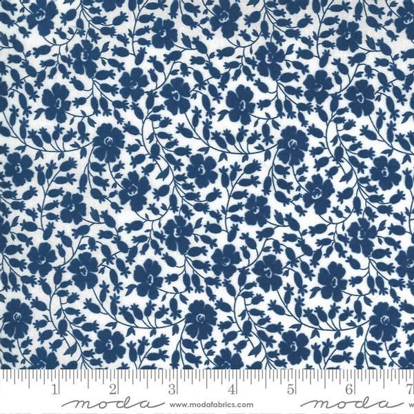 Bilde av Flowers for Freya - 15 mm blå blomst på hvit