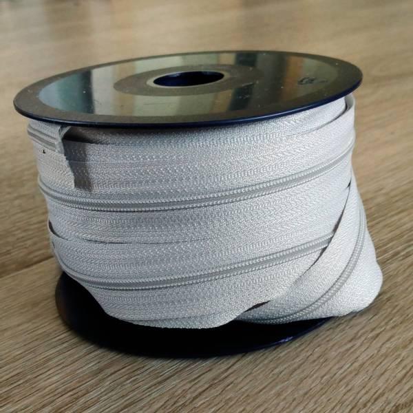 Bilde av Spiralglidelås - 4 mm metervare - lysgrå