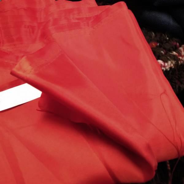 Bilde av 2,7 m Rød polyesterfôr