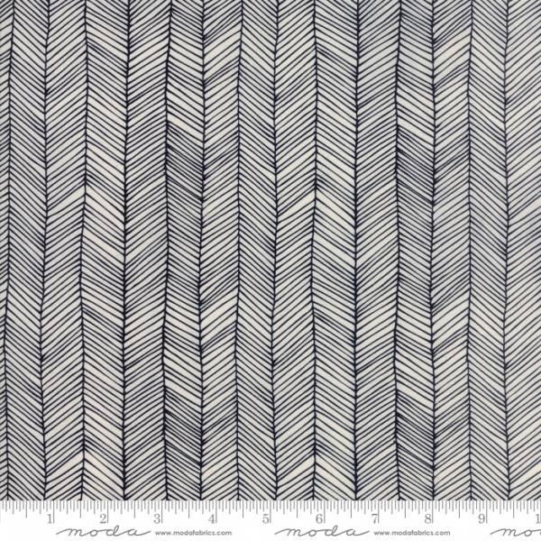 Bilde av Catnip - 2 cm mønstrete sorte striper på offwhite