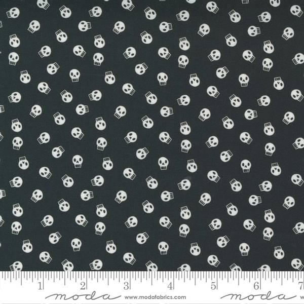 Bilde av Holiday - Halloween - 1 cm hodeskaller på sort
