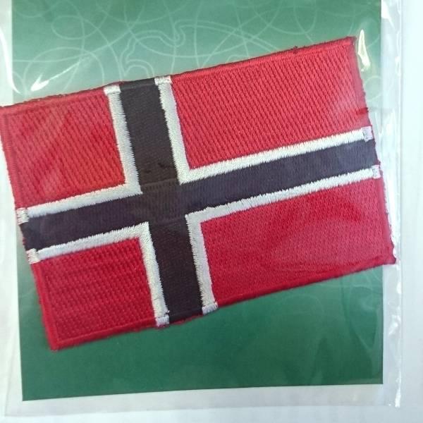 Bilde av Symerke med lim på, norsk flagg, 60 x 90 mm