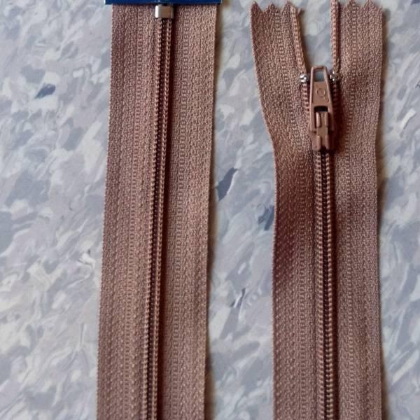 Bilde av Spiralglidelås, 4mm ikke delbar, beige