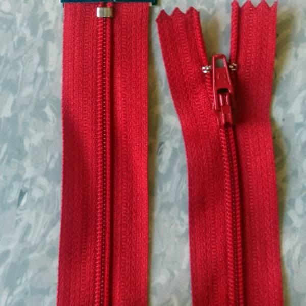 Bilde av 12 cm Spiralglidelås, 4mm ikke delbar, rød