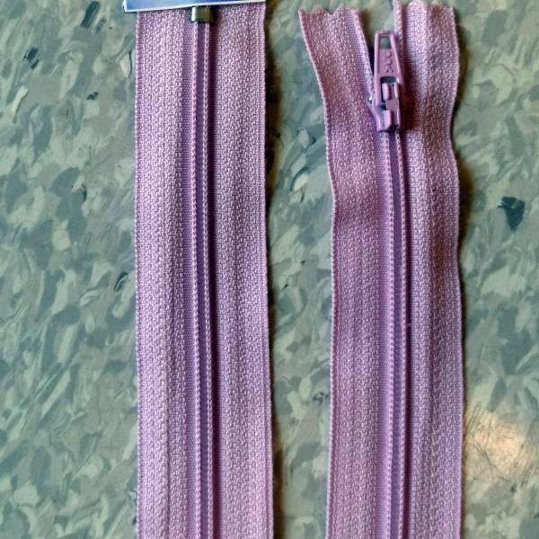 Bilde av Spiralglidelås, 4mm ikke delbar, lyslilla