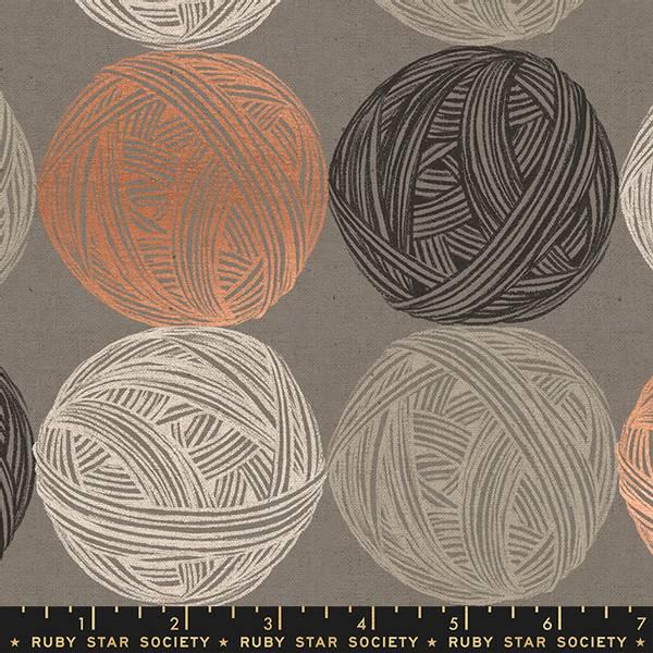Bilde av Purl Lin Kanvas - 8 cm garnnøster på grå