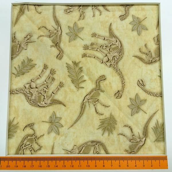 Bilde av Dinosaurer, 3-8 cm store dinosaurskjelett på beige bakgrunn