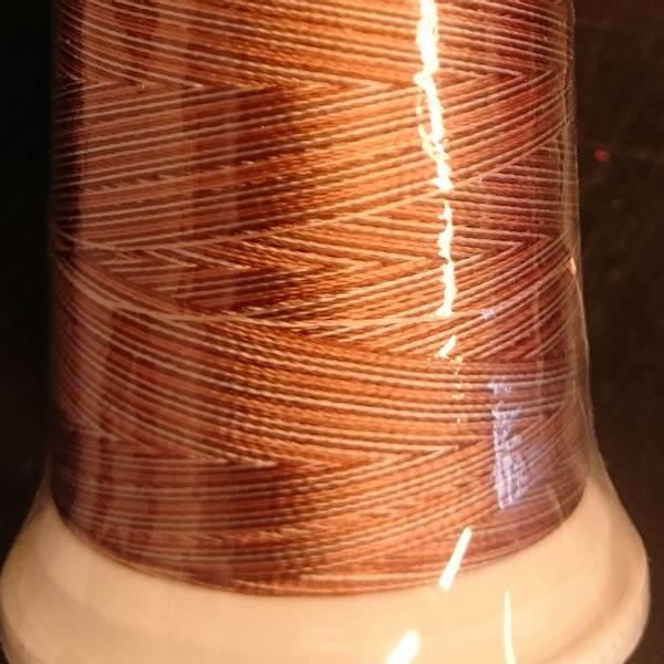 Bilde av R61 - lysbrun-hvit