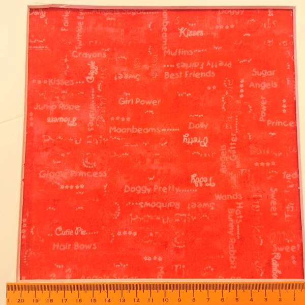 Bilde av Lysrød 5 mm skrift på rød