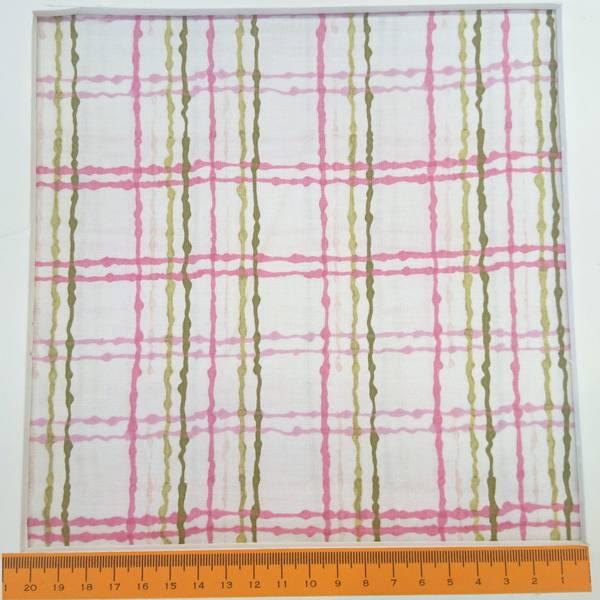 Bilde av Loralie Design - 4 cm ruter, rosa, lysgrønn, mørkgrønn på hvit