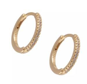 Bilde av Charm ear stone gold