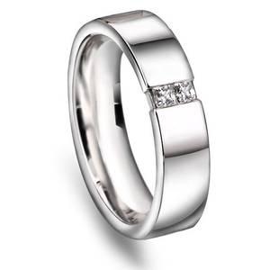 Bilde av N10550 - Glatt giftering i gull med diamant