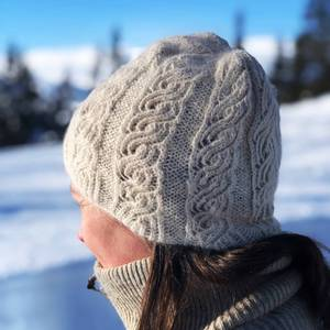 Bilde av Strikkepakke Lue Winter Twist Angoragarn