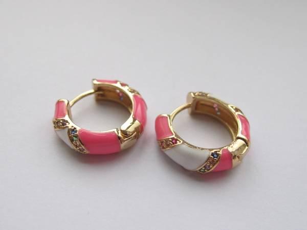 Bilde av Emaljerte øreringer - rosa og