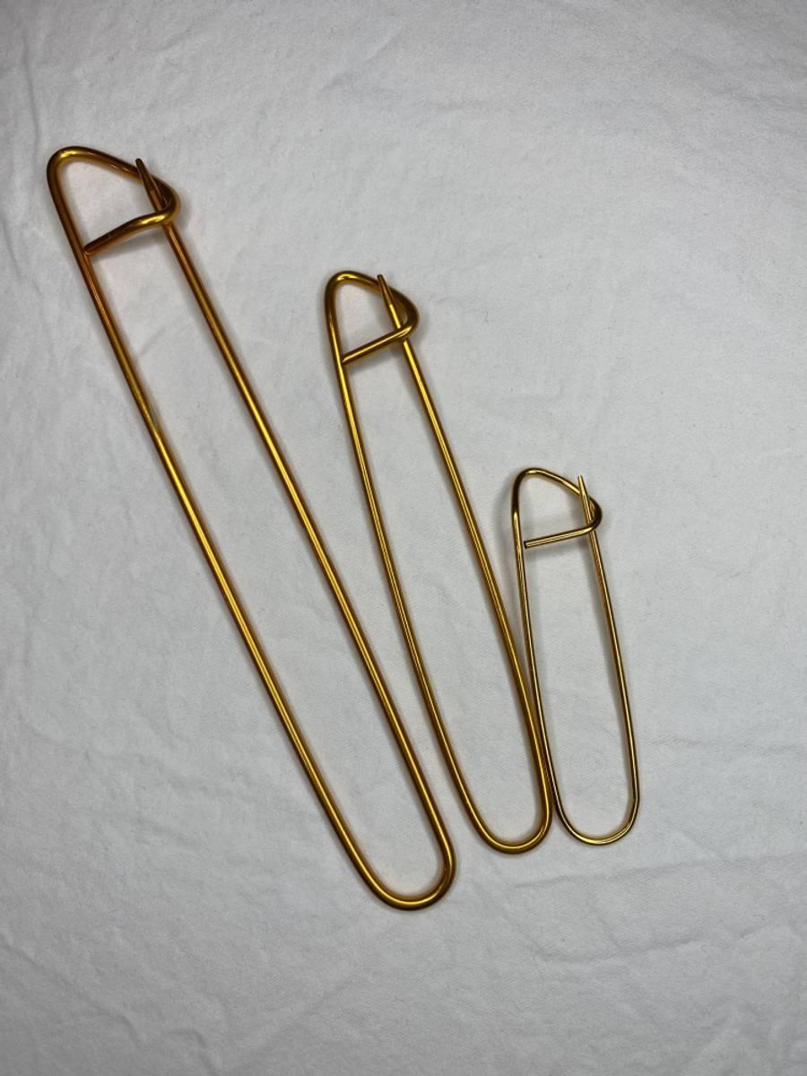 3 maskeholdere - gull