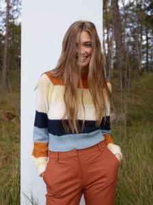Bilde av Rauma Garn - Femmegenser strikkepakke