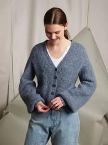Bilde av Rauma Garn - Lillys hverdagsjakke strikkepakke