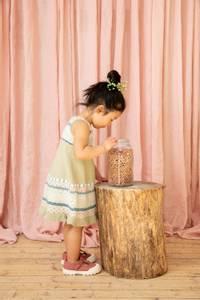 Bilde av Rauma Garn 379-5 Midtsommerkjole strikkepakke