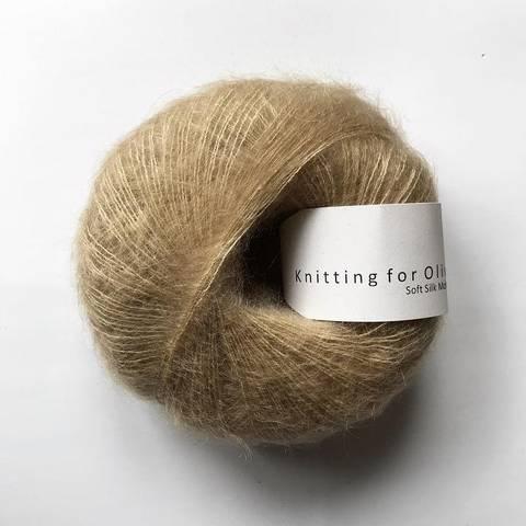 Bilde av Trenchcoat - Knitting for Olive, Soft Silk Mohair