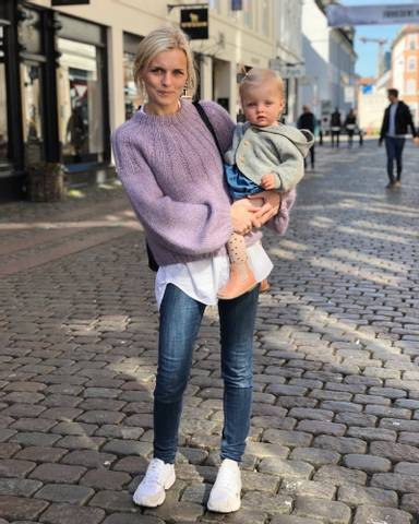 Bilde av Sunday Sweater - Petiteknit