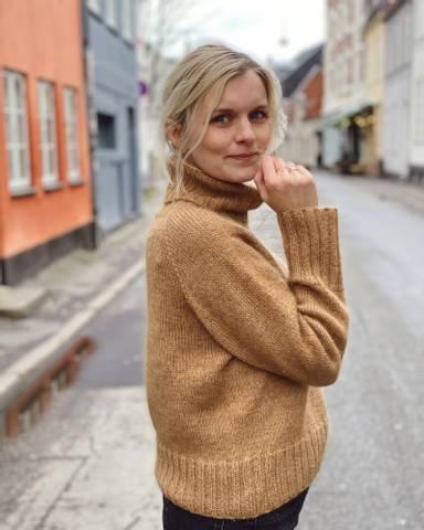 Bilde av Caramel Sweater - Petiteknit
