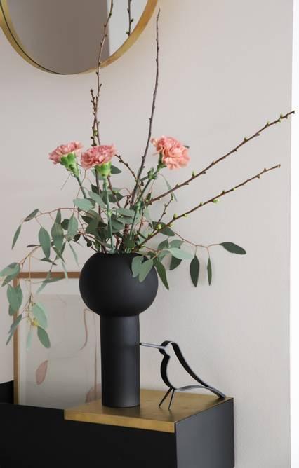 Bilde av Cooee Vase Pillar 32 cm - Sort