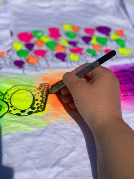 Bilde av Mal din egen SOMMER T-Skjorte,12-14 år -Ink. Tekstilmaling og Tu