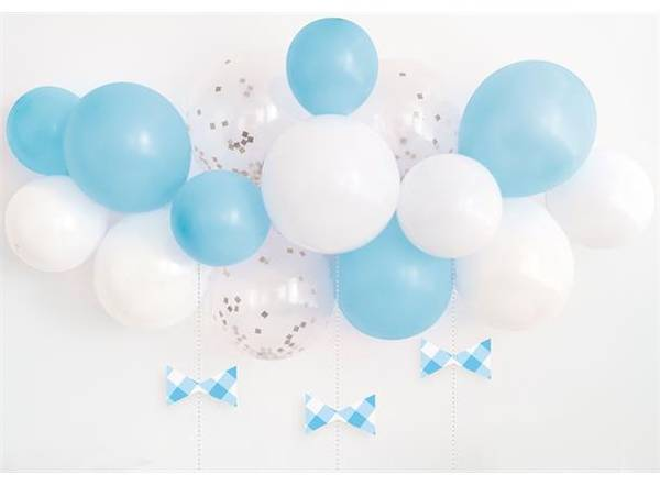 Bilde av Blå og hvit ballongbue med sløyfer