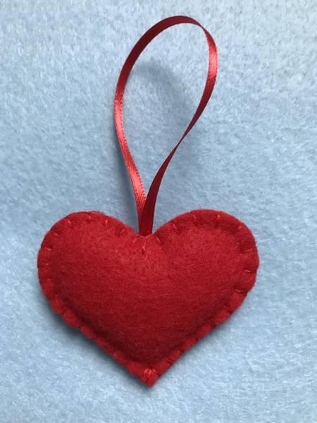 Bilde av Hobbypakke Jul,Røde Filt Hjerter 3 stk