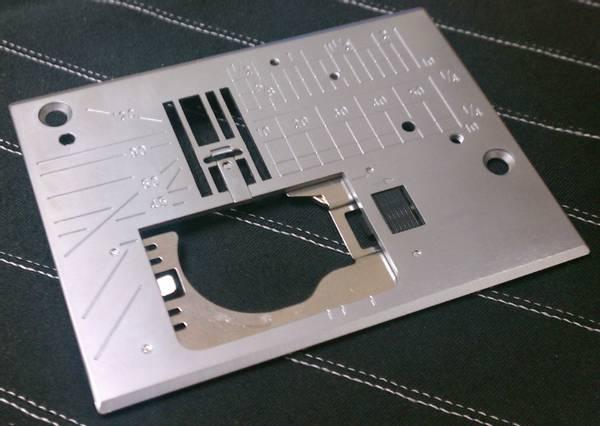 Bilde av (2D12) Stingplate Needle plate Janome MC7700 Horizon
