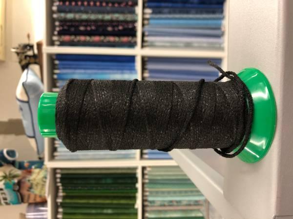 Bilde av Rund Elastikk 2mm bløt til munnbind svart 100meter