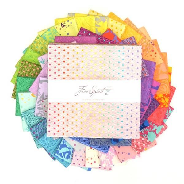 Bilde av Tula Pink True Colors, Layer Cake