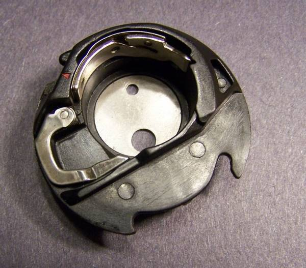 Bilde av (G2) Spolehus Bobbin holder MC350E/MC12000/Elna 8300