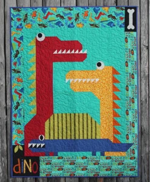 Bilde av 192 Dino-teppe AnnaKa Mønster - Kr. 160,-