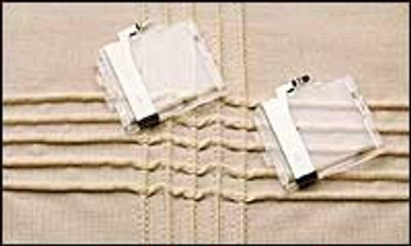 Bilde av (4N13) Janome Bisetrådguide sett - smal og bred til Rektangulært