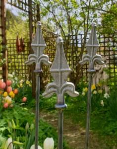 Bilde av Blomsterpinner, fleur de lis -model B 3pakk