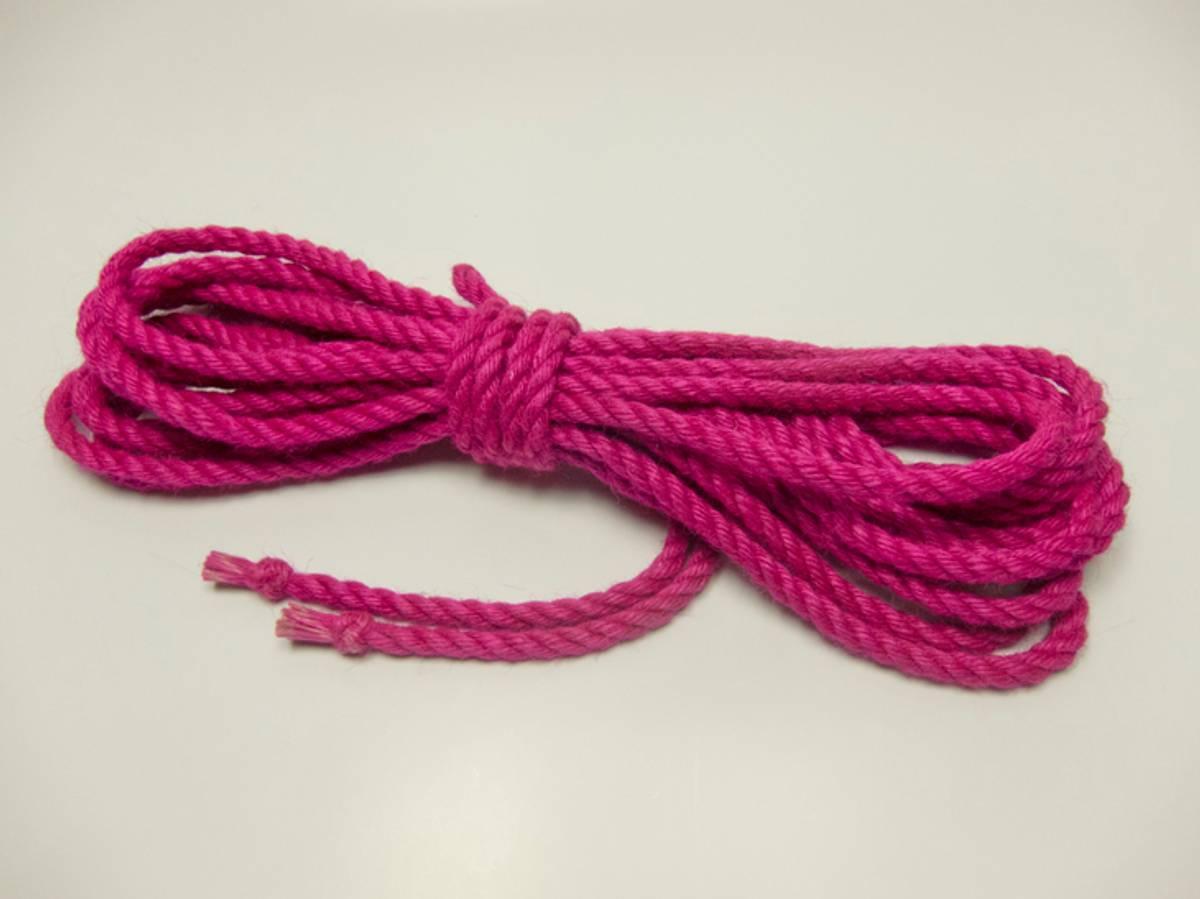 Ogawa Jute Tau - 6mm x 8m - Ubehandlet m/Thistle Knot - Pink