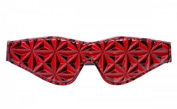 Bilde av Master Series - Crimson Tied - Full Blackout Embossed Blindfold