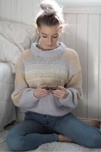 Bilde av Simplicity Sweater - Strikkepakke