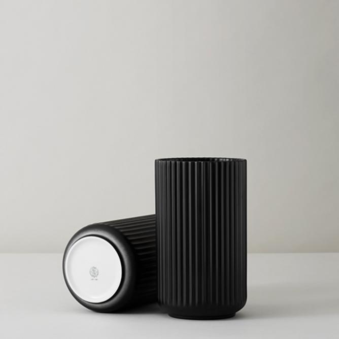 Bilde av Lyngbyvase H15 sort porselen