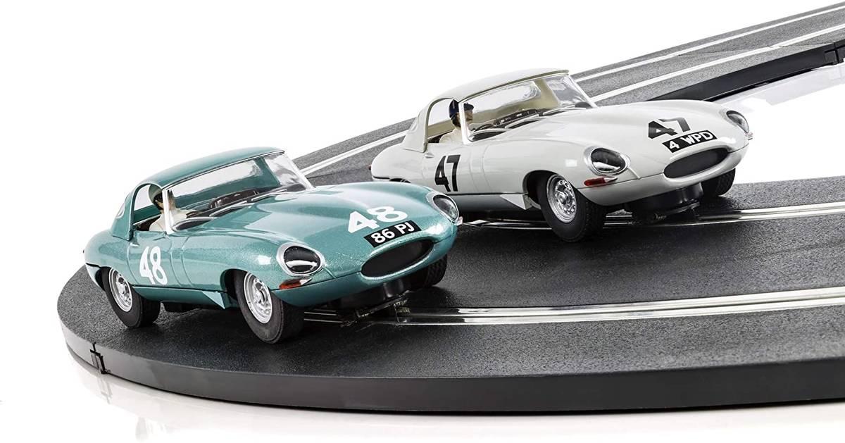 Scalextric - Jaguar E-type 1963 Goodwood, sett med 2