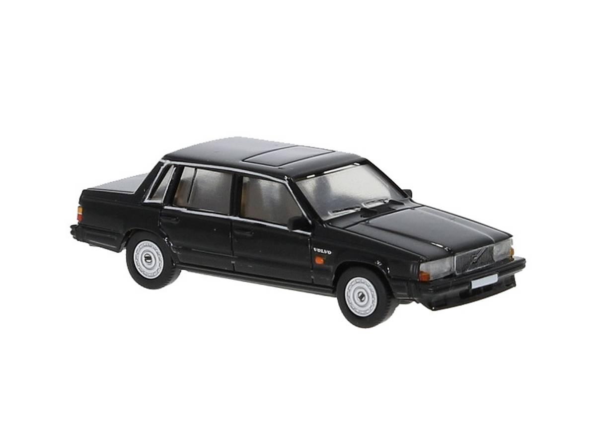 PCX87 - Volvo 740, sort