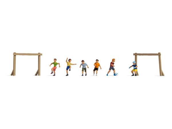 Bilde av Noch N-skala - Barn spiller fotball
